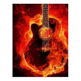 La guitarra ardiente, naranja flamea a la banda de postal