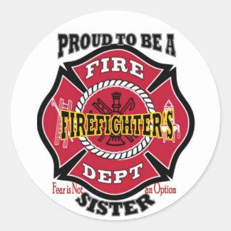 La hermana del bombero pegatina redonda