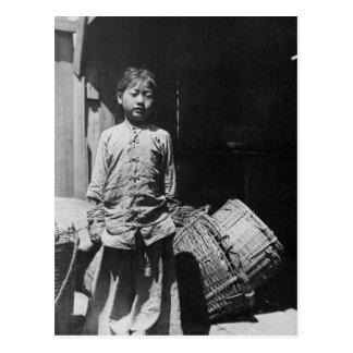 La hija del distribuidor autorizado de los pescado tarjeta postal