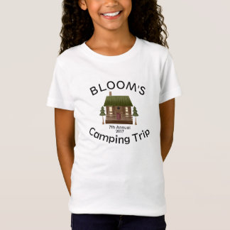 La hoguera de la cabina de la acampada de la camiseta