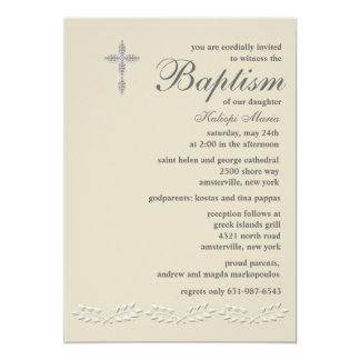 La hoja acentúa la invitación del bautismo