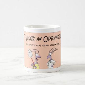 La hormiga visita al optometrista taza de café