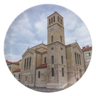 La iglesia de San José en Sarajevo. Bosnia y Herz Plato