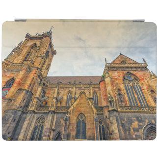 La iglesia de San Martín, Colmar, Francia Cubierta De iPad
