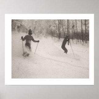 La imagen del esquí del vintage, polvo es maravill poster