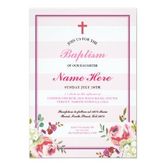 La invitación del chica rosado floral de la raya