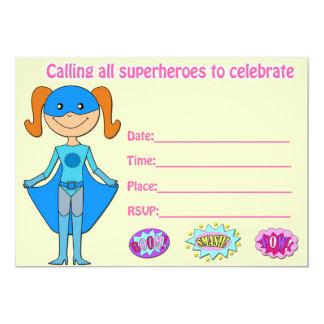 La invitación del cumpleaños del super héroe del