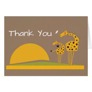 La jirafa de la selva del safari le agradece tarjeta de felicitación