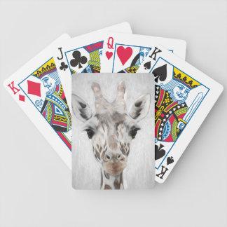 La jirafa majestuosa retrató de muchos productos baraja de cartas bicycle