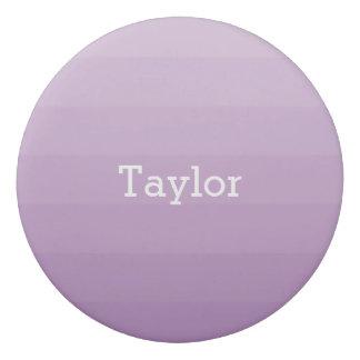 La lavanda púrpura sombrea las rayas horizontales goma de borrar