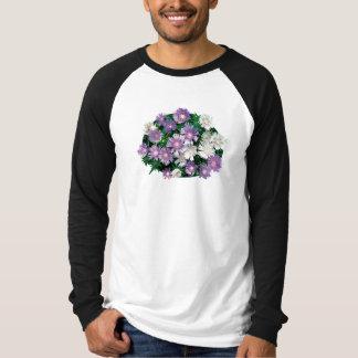La lavanda y el blanco alimenta los asteres para camiseta