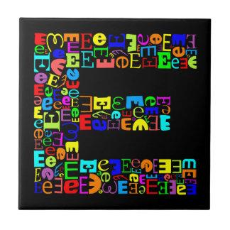 La letra E del alfabeto Azulejo De Cerámica