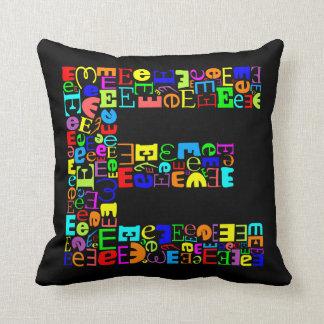 La letra E del alfabeto Cojín Decorativo