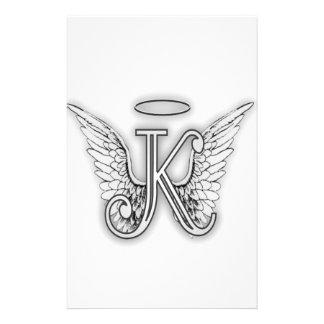 La letra inicial del alfabeto K del ángel se va Papeleria De Diseño