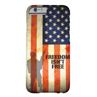 La libertad de la bandera americana no es caso funda de iPhone 6 barely there