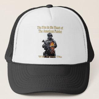 La línea americana de la ropa del patriota gorra de camionero