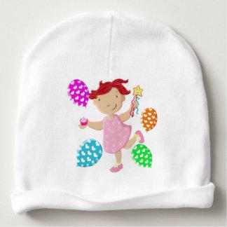La magdalena personalizada de la margarita hincha gorrito para bebe