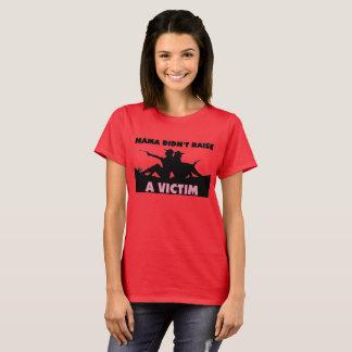 La mamá no aumentó una camiseta de la víctima