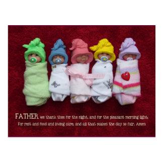 La mañana de oración de los niños foto de los beb tarjetas postales