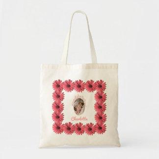 La margarita coralina rosada floral el | crea a su bolso de tela