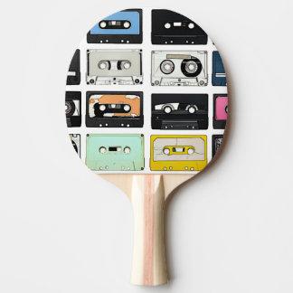 La mezcla retra del casete del vintage graba el pala de ping pong