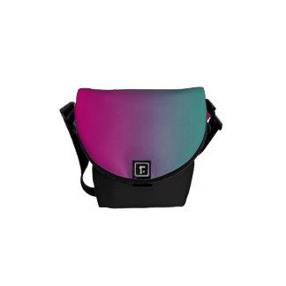 """La mini bolsa de mensajero: """"Trullo púrpura Bolsa De Mensajería"""