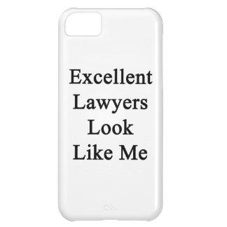 La mirada excelente de los abogados tiene gusto de