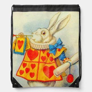 La mochila a todo color del conejo blanco