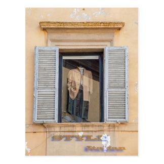 La moda italiana, diseña italiano postal