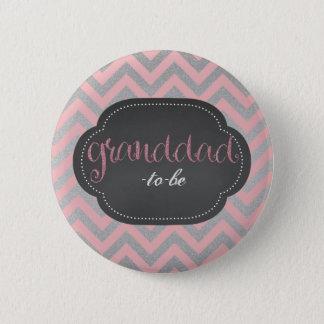 La moda rosada abuelo-a-es botón