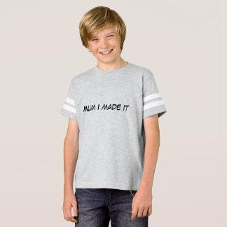 La momia I le hizo la camiseta