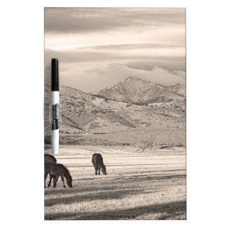 La montaña rocosa Colorado desea mañana máxima del Tableros Blancos