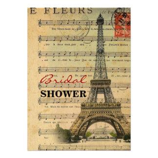 La música artística observa la torre Eiffel de Par Anuncios Personalizados