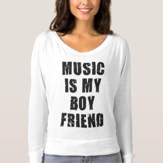 La música es mi camisa del novio