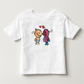 La nariz esquimal amistosa besa a niños camiseta de bebé