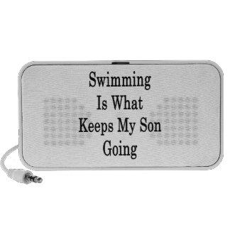 La natación es qué guarda mi ir del hijo mini altavoces