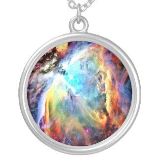 La nebulosa de Orión Colgante Redondo