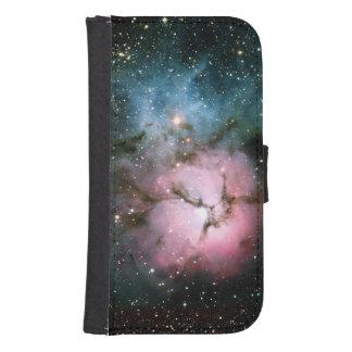 La nebulosa protagoniza el scienc fresco del funda tipo cartera para galaxy s4