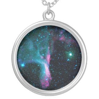 La nebulosa reflectora DG 129 de la garra del Collar Plateado
