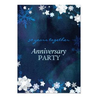 La nieve florece a la fiesta de aniversario azul invitación 12,7 x 17,8 cm