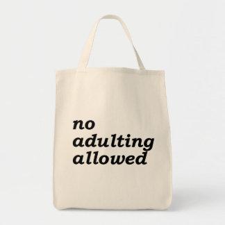 La ninguna bolsa de asas permitida Adulting del