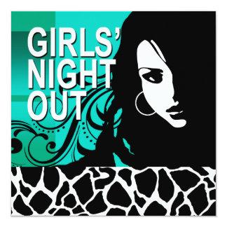 La noche fresca de los chicas hacia fuera va de invitación 13,3 cm x 13,3cm