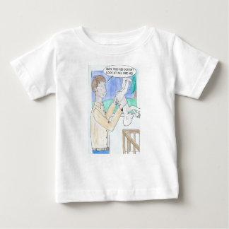 La opinión cómica del padre del día camiseta de bebé