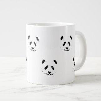 La panda enorme de la taza crea para requisitos