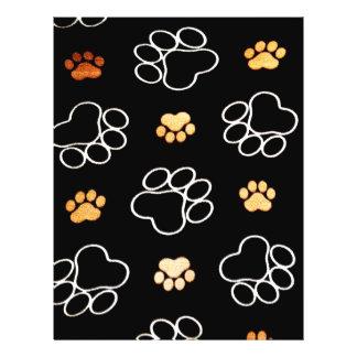 La pata del perrito del perro imprime negro y el folleto 21,6 x 28 cm