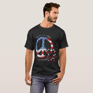 La paz es una camiseta del estilo de la bandera