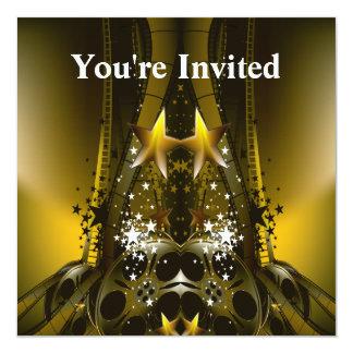 La película de oro aspa y las estrellas de un invitación 13,3 cm x 13,3cm