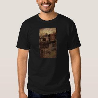 La pequeña casa roja por la marmota de James Camiseta