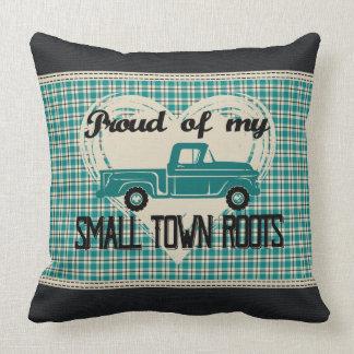 La pequeña ciudad arraiga la almohada de tiro