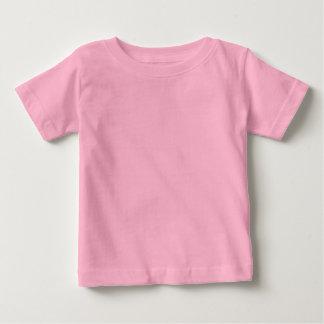La plantilla de la camiseta del bebé añade nombre